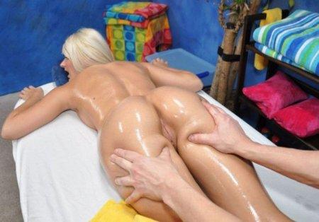 Намазали маслом и выебали во время массажа (ФОТО)