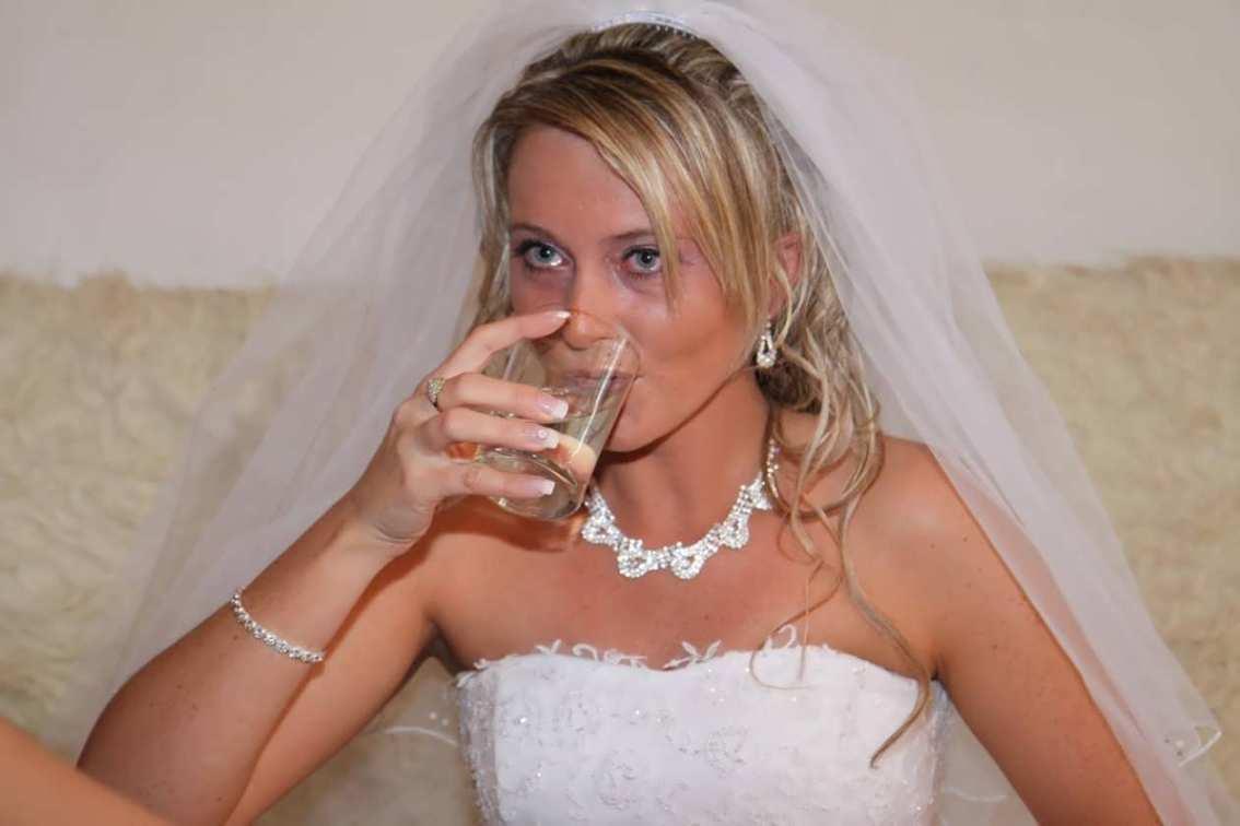 Фото невест в колготках, Голые невесты фото - обнаженные девушки на свадьбе 6 фотография