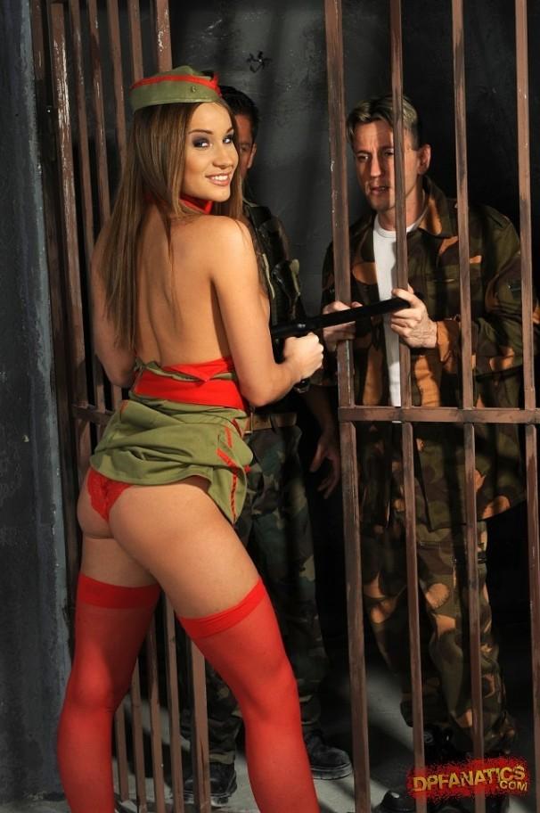 порно фото тюрьмы