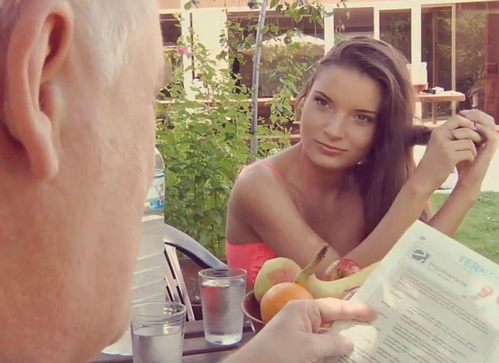 Видео секс дяди с племянницей