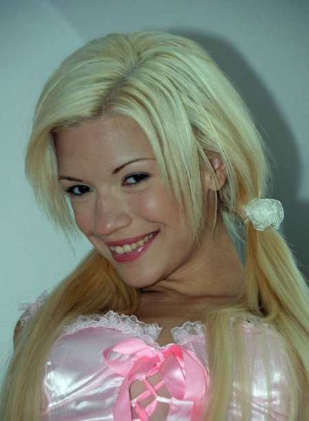 Поимел свою шалунью Barbie Girl (ФОТО)