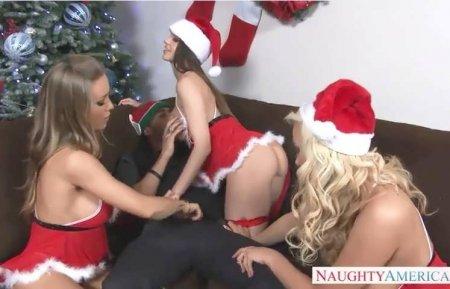 Лучшее новогоднее порно online