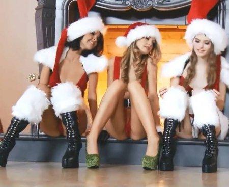 Порно ролики со снегурками, порно фотоальбомы свинг-пар