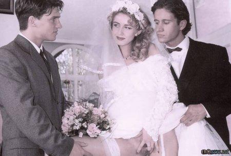 Невесту долбят в два смычка (ФОТО)
