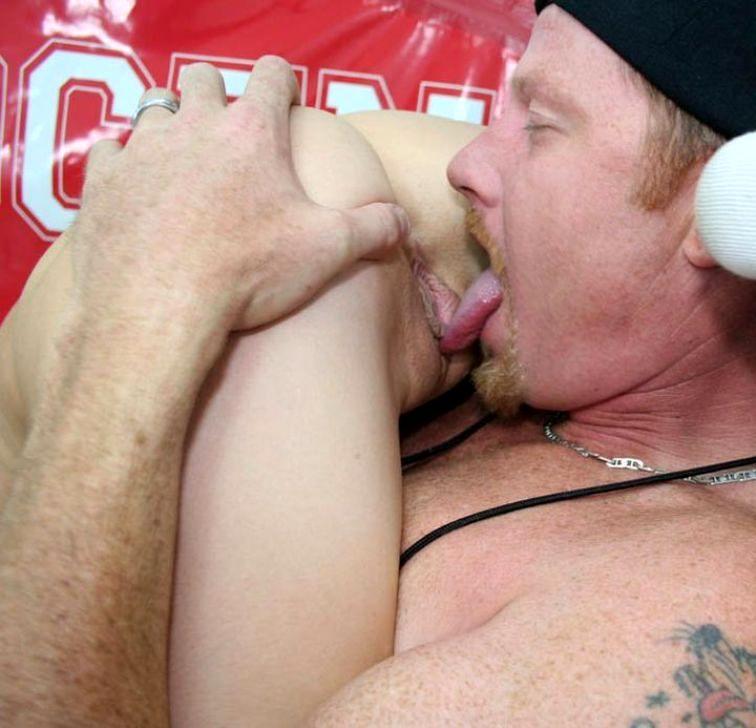 porno-prikol-zanyatie-seksom-seks-britni-spirs-s-muzhem