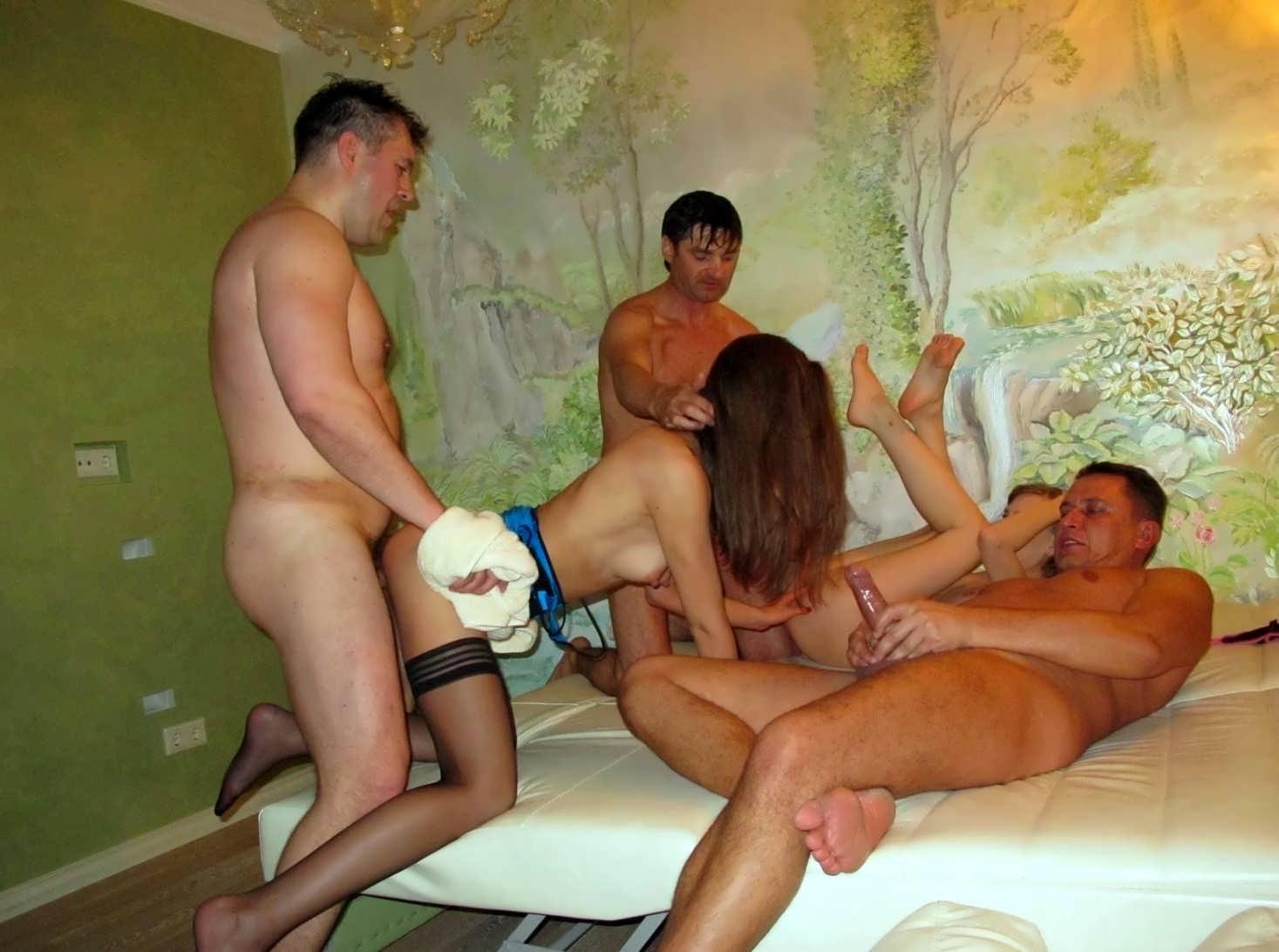 измена с пацанами порно курорт