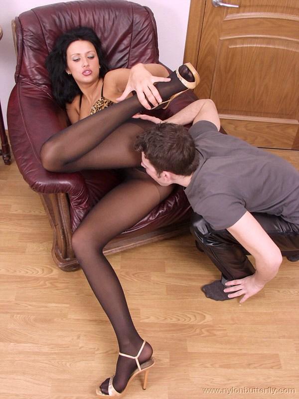 Порно ролики женщины в чулках колготках