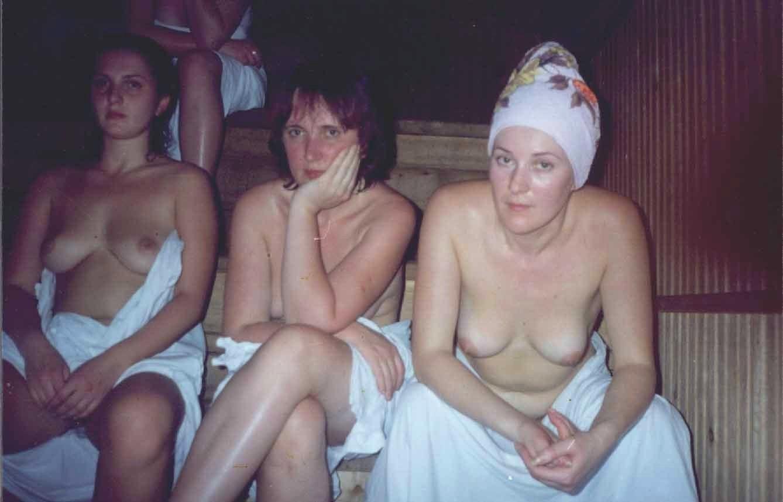 Семейные фото в бане на даче, Голенькие славянки отдыхают в бане порно фото 7 фотография