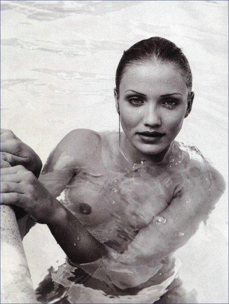 Всплыли старые фотографии голой Камерон Диас
