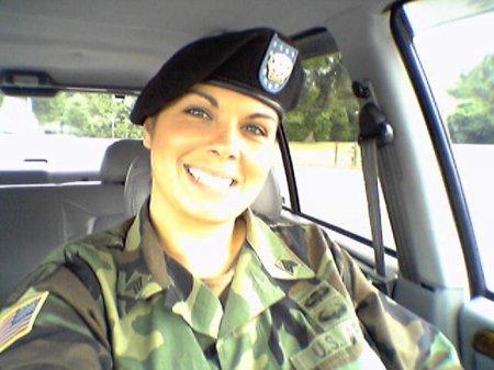 Анжела МакКормак — интимный скандал армии США (ФОТО)