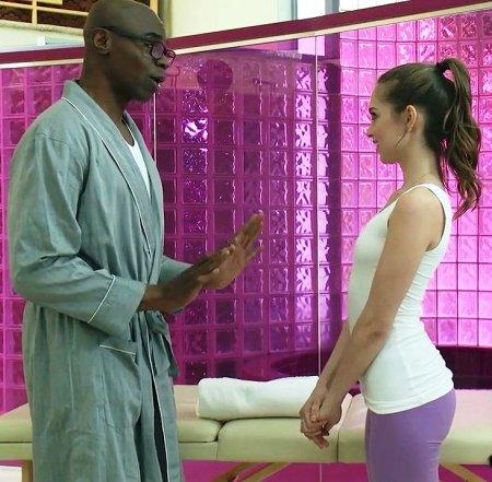 Черный массажист довел конфетку до экстаза (HD ВИДЕО)
