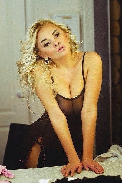 Валерия санникова голоя порно