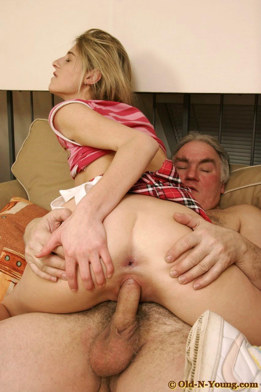 порно порнофото служанки