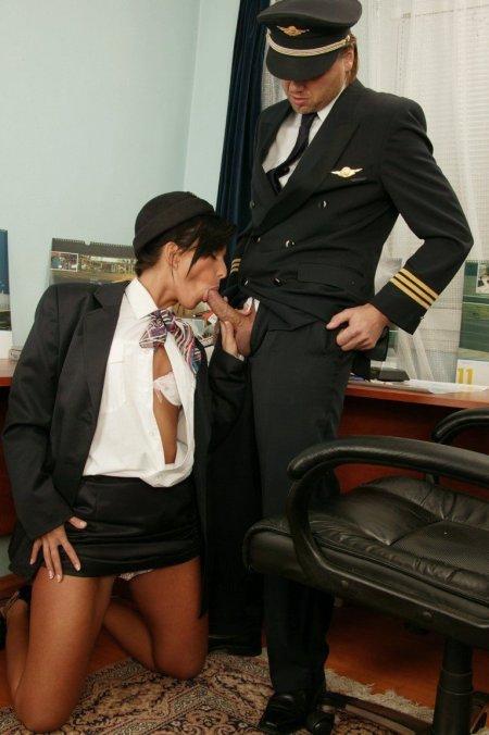 Фото порно современных русских стюардесс 93267 фотография