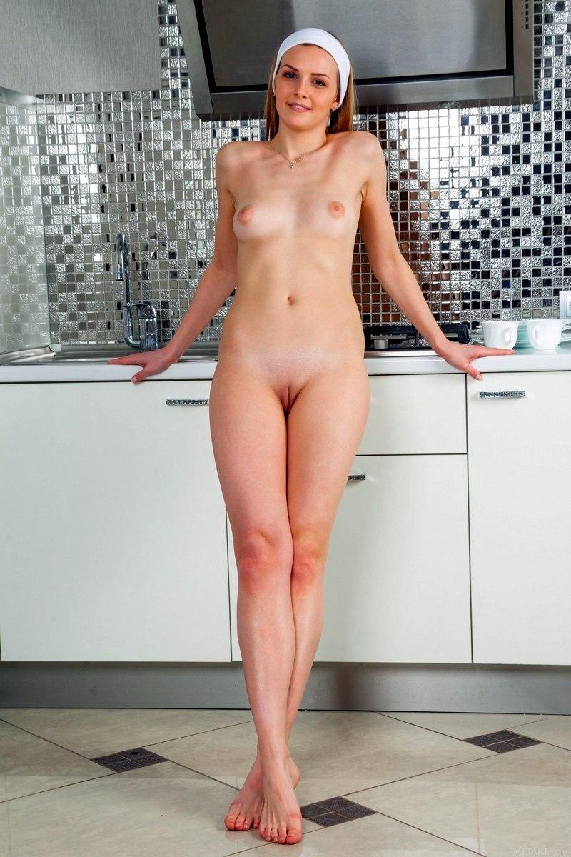 Служанки порно фото эротика  Дневник порномана 18