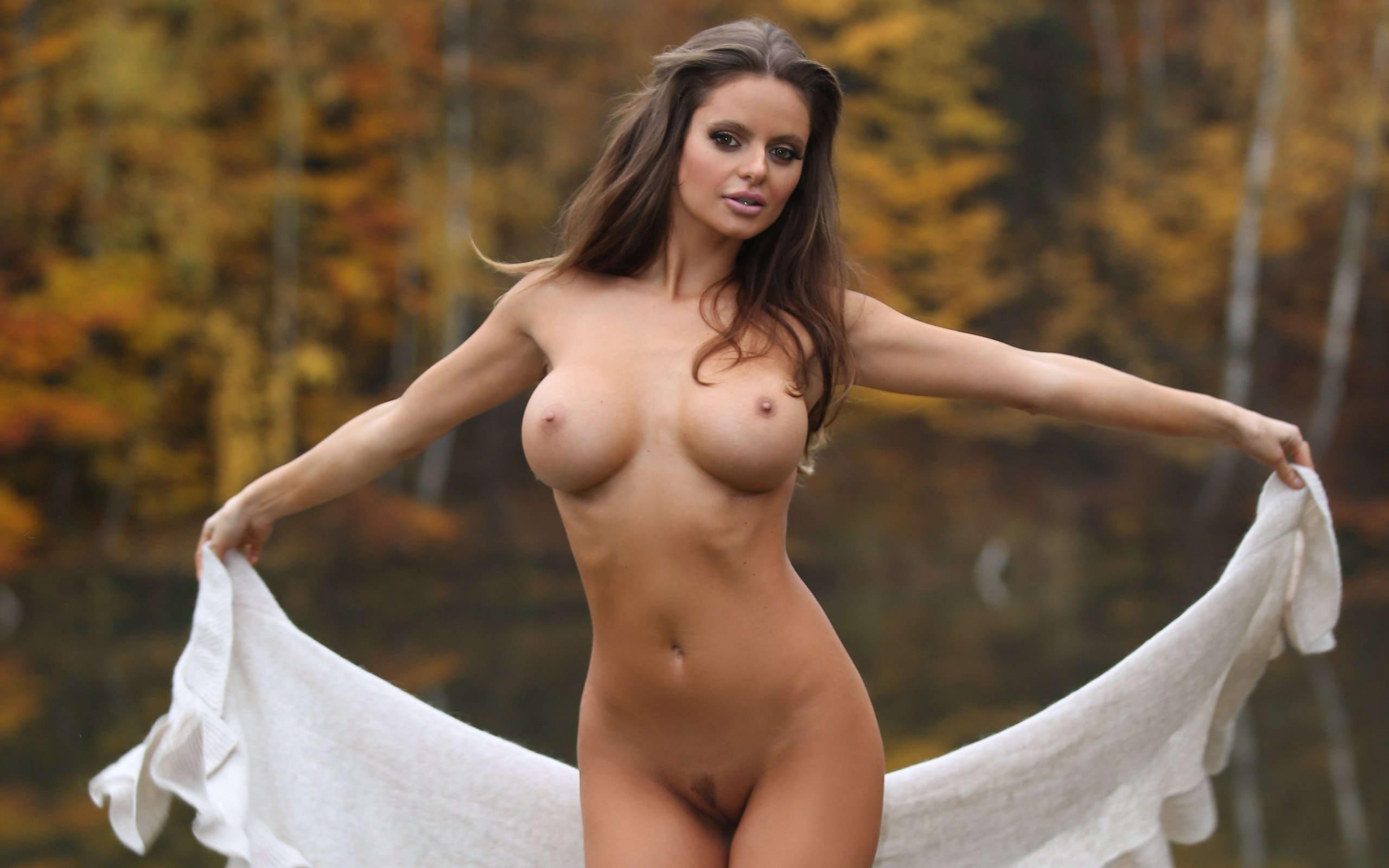 Дівчата голі