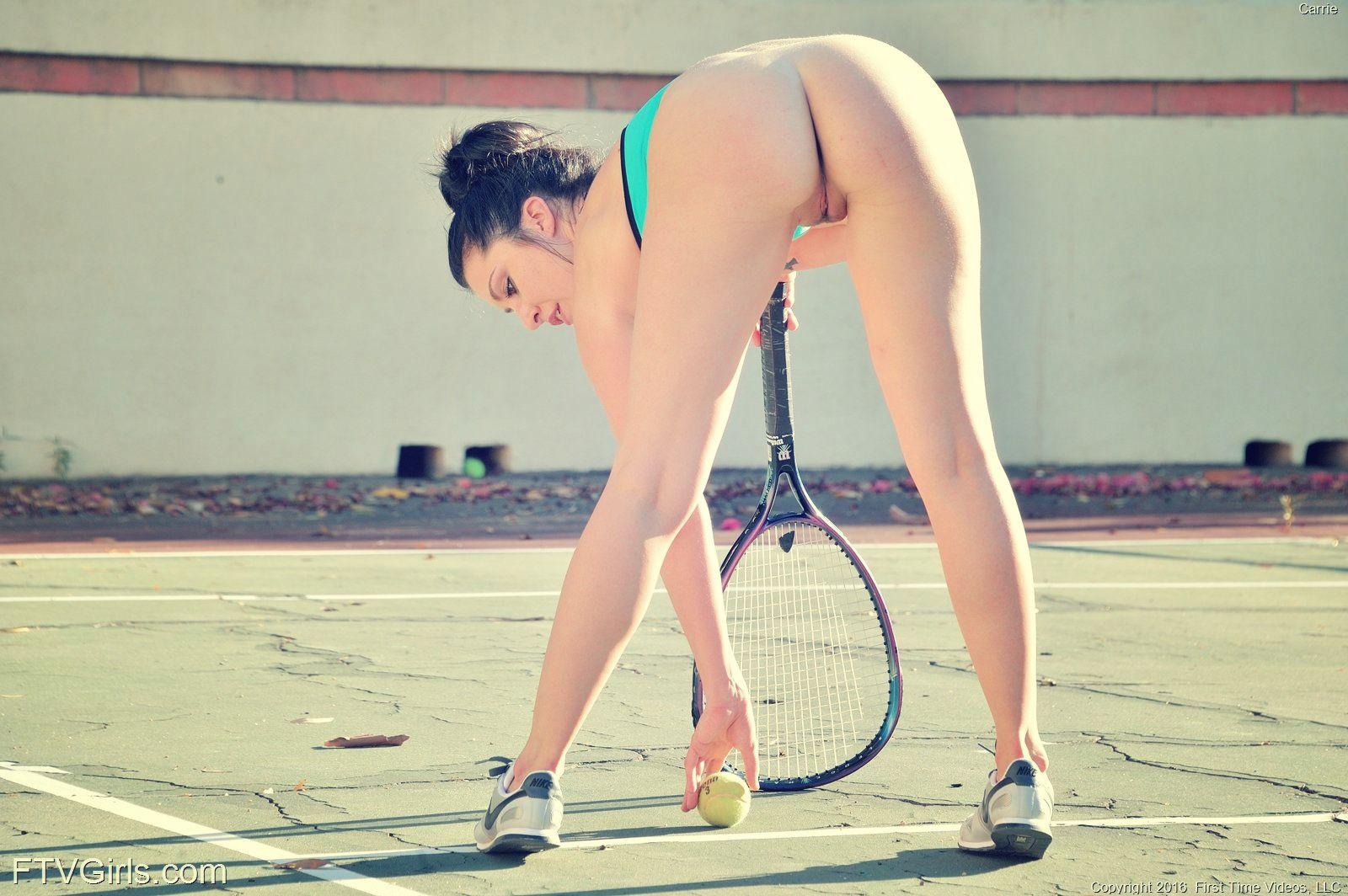 Случайные фото голых спортсменок, Откровенные позы симпатичных спортсменок (70 фото) 13 фотография