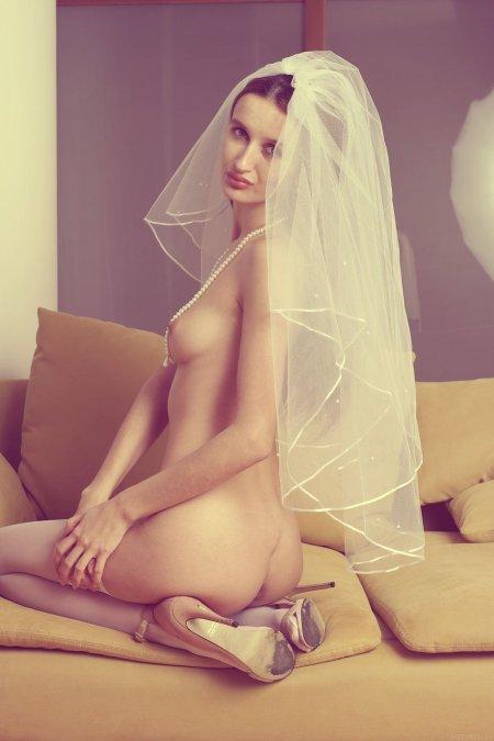 Жутко волосатая невеста (ФОТО)