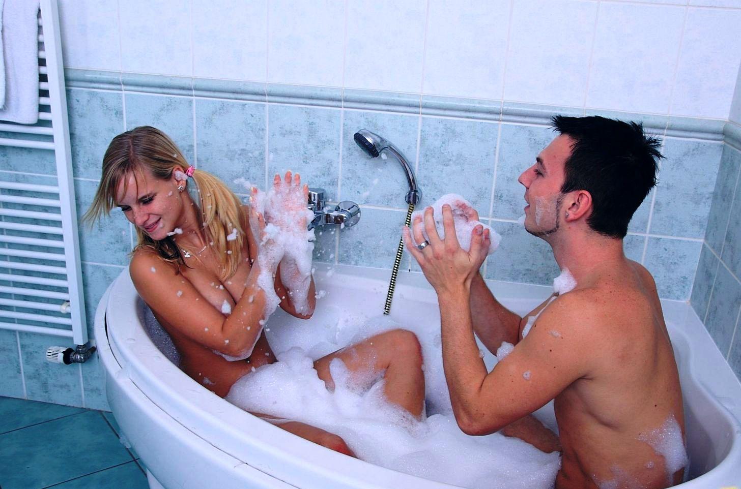 Порно секс в душе и ванной, эротика порно блондинка