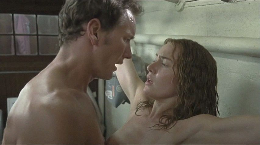 Сюжеты из кинофильмов голые сцены эротика, смотреть порно мамочек лесбиянок