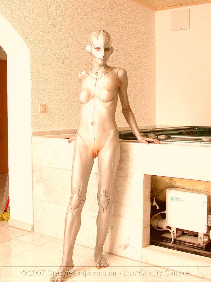 Фото девушки топлесс бодиарт, интим на приеме у врача смотреть